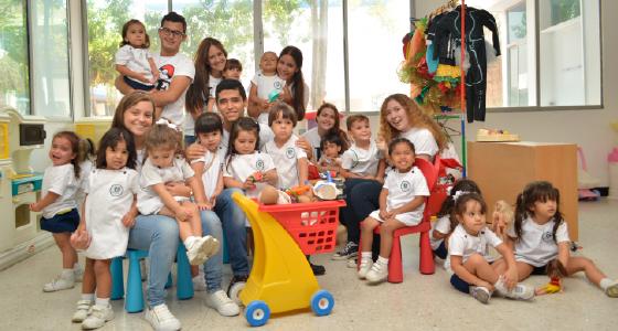 Alumnos de preescolar y bachillerato - Colegio Hebreo Unión